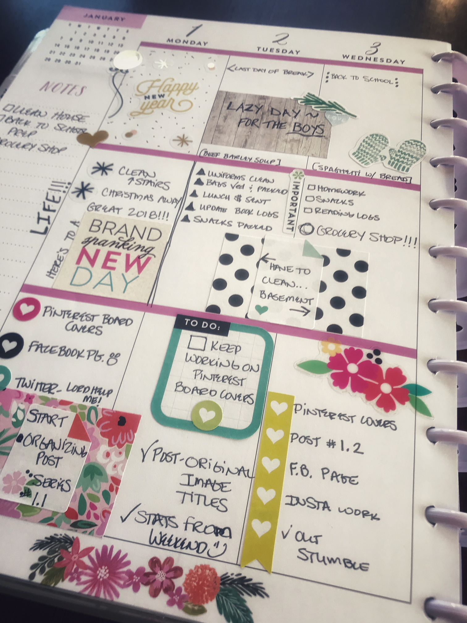 setting up your planner to stay organized  1 2